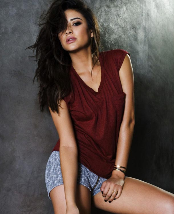 shay-mitchell-jj-spotlight-of-the-week-02