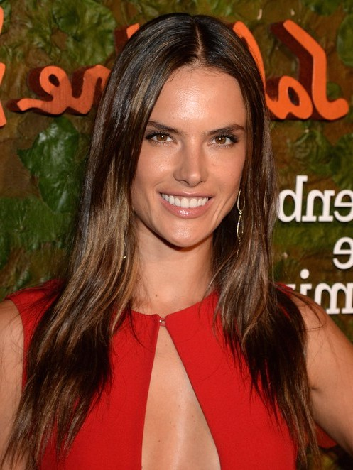 2014-Alessandra-Ambrosio-Hairstyles-Center-Part-Hairstyle-fo