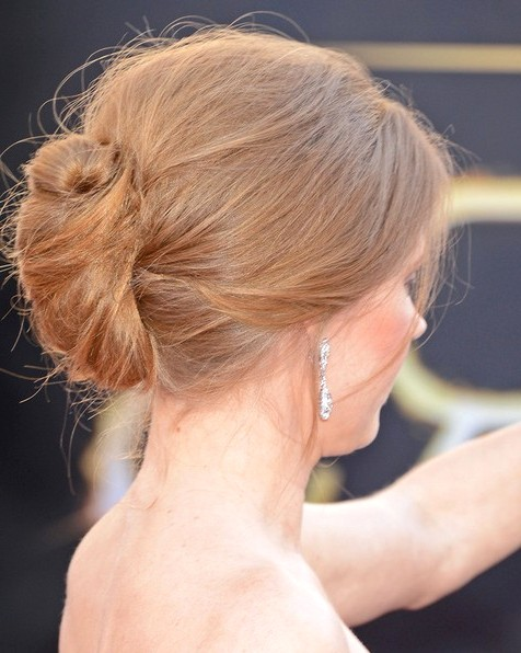 2014-Amy-Adams-Hairstyles--Easy-Bun-Updos