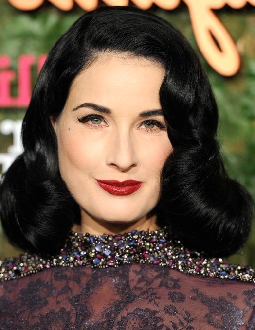 2014-Dita-Von-Teese-Hairstyles-Retro-Long-Curly-Hair