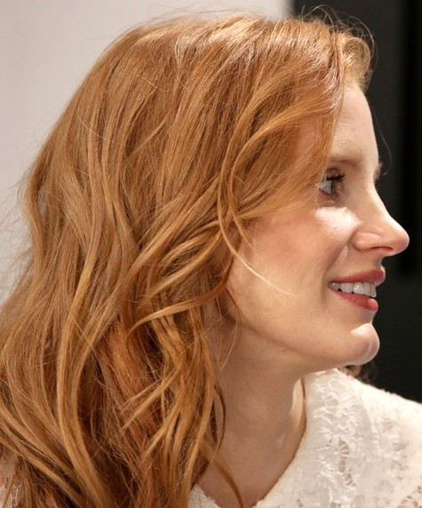 2014-Jessica-Chastain-Hairstyles--Blonde-Layered-Haircut