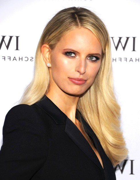 2014-Karolina-Kurkova-Hairstyles--Blonde-Long-Hair