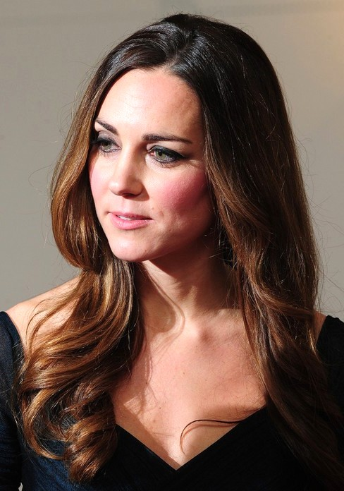 2014-Kate-Middleton-Hairstyles-Formal-Long-Hair