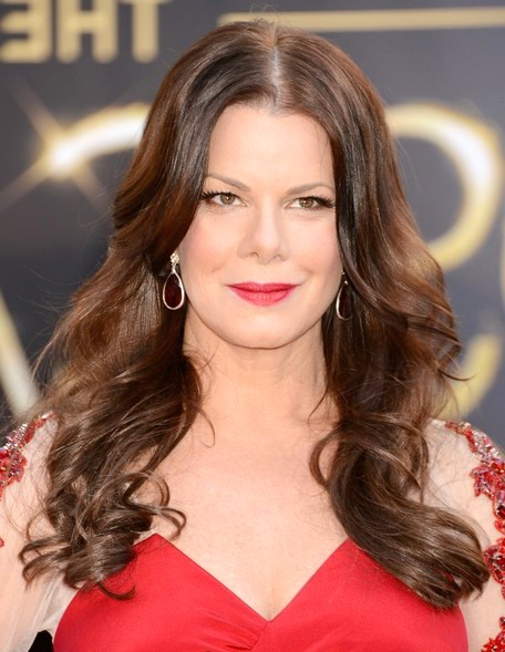 2014-Marcia-Gay-Harden-Hairstyles-Center-Part-Hairstyle-for-