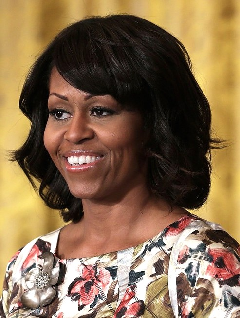 2014-Michelle-Obama-Medium-Hairstyles--Big-Wavy-Hairstyle-fo