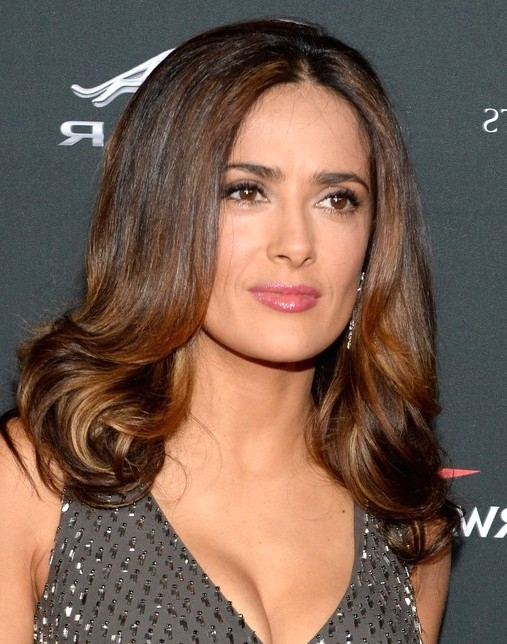 2014-Salma-Hayek-Hairstyles-Shoulder-length-Hair