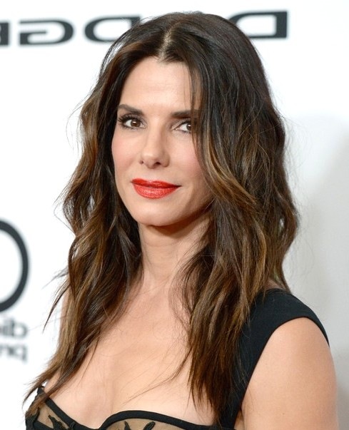 2014-Sandra-Bullock-Hairstyles-Brown-Ombre-Hair