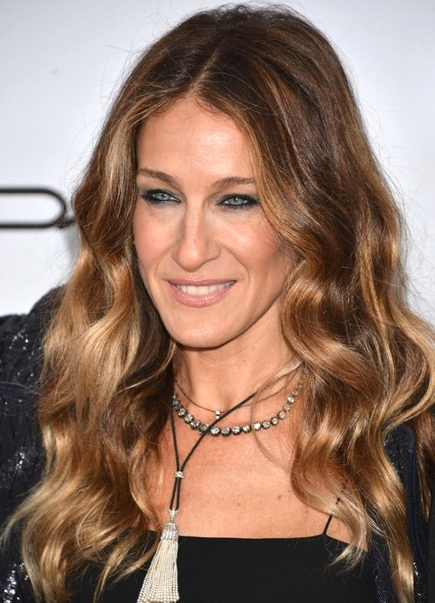 2014-Sarah-Jessica-Parker-Hairstyles-Center-Part-Hairstyle-f